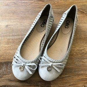 ***NWT***GBG by Guess pale blue stylish flats.